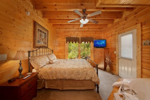 Cabin with King Suite - Lovers Paradise
