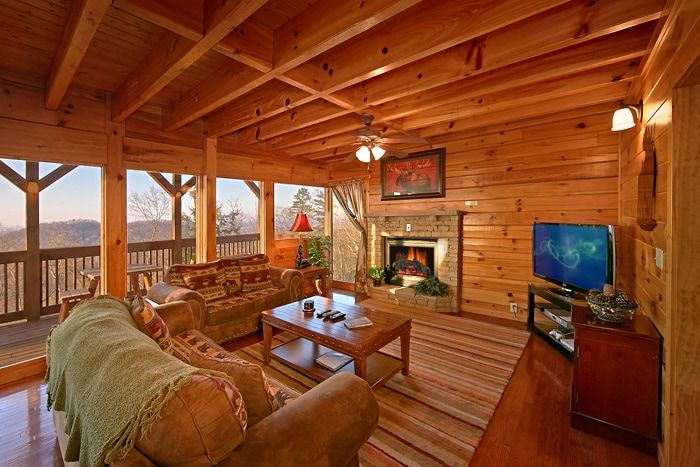 Premium Luxuriously Updated & Furnished Cabin - Lucky Break