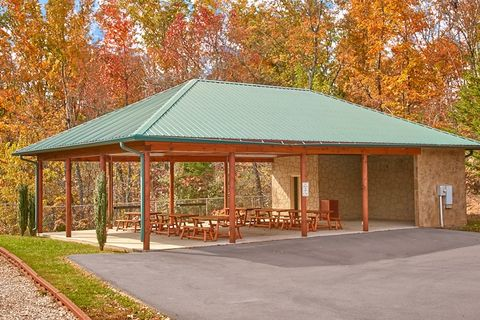 2 bedroom cabin with park picnic area - Lucky Break