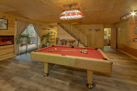 Game Room wth Pool Table 3 Bedroom - Majestic Heights