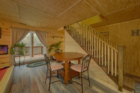 Majestic Heights 3 bedroom Cabin Large Game Room - Majestic Heights