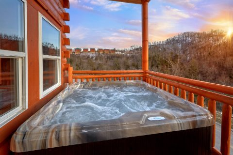 Hot Tub with a View - Majestic Mountain Splash