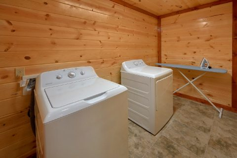 6 Bedroom Cabin with Washer and Dryer - Majestic Mountain Splash