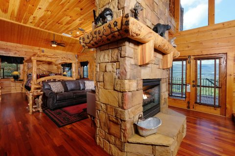 Luxurious fireplace in cabin Master Bedroom - Majestic Peace