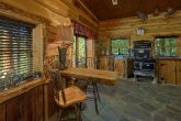 Premium 5 bedroom cabin with two full kitchens