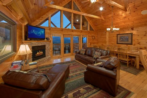 Premium 5 Bedroom cabin with Fireplace and Views - Majestic Point Lodge
