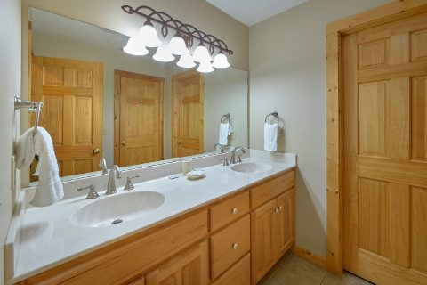 Private bathroom with Jacuzzi Tub in Cabin - Majestic Point Lodge