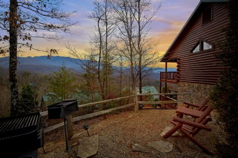 Premium Gatlinburg Cabin with Grills and View - Majestic Point Lodge