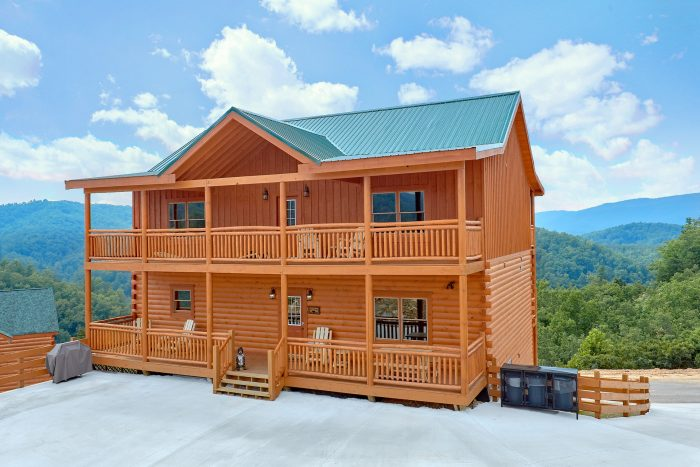 Majestic Splash Cabin Rental Photo