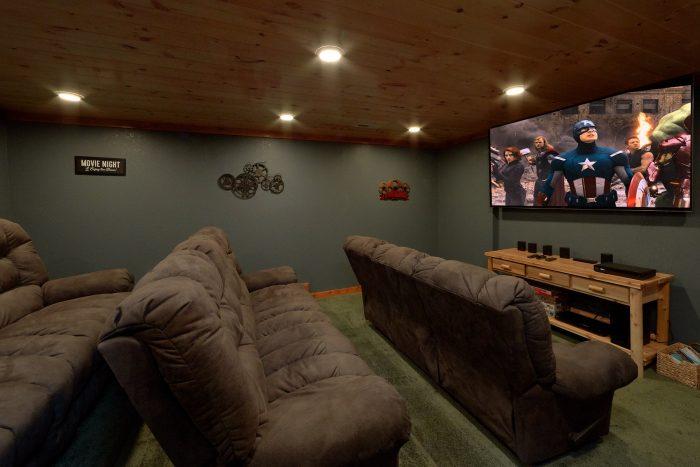 6 Bedroom Cabin with Large Theatre Room - Majestic Splash