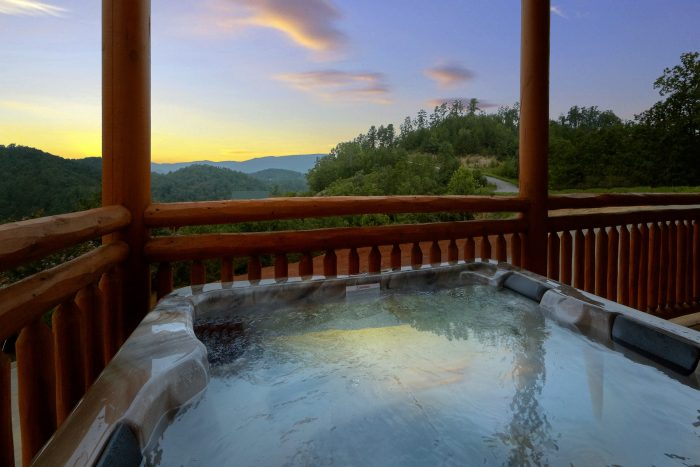 Hot Tub with a View - Majestic Splash
