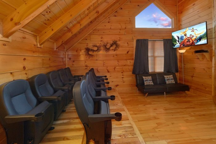 4 Bedroom with Theater Room Sleeps 16 - Majestic View