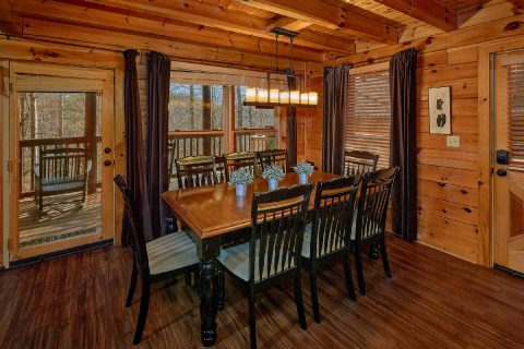 4 Bedroom Cabin with Large Dining Room - Major Oaks