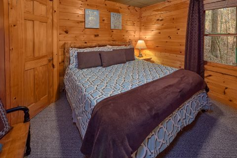 4 Bedroom Cabin with King Bedroom - Major Oaks