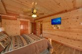 5 Bedroom Cabin with Ceiling Fans in the Bedroom