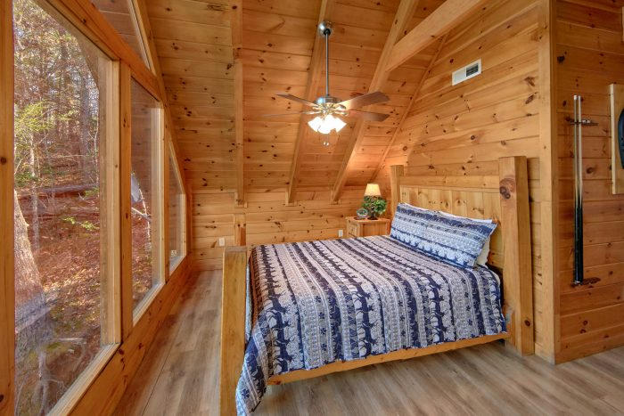 2 Bedroom Cabin with Loft Bedroom Sleeps 8 - Making More Memories