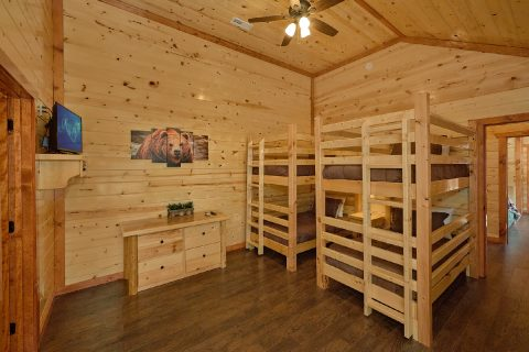 Twin Bunkbeds with Flatscreen TV - Making Waves