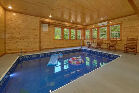 6 Bedroom Cabin with Private Indoor Heated Pool - Making Waves