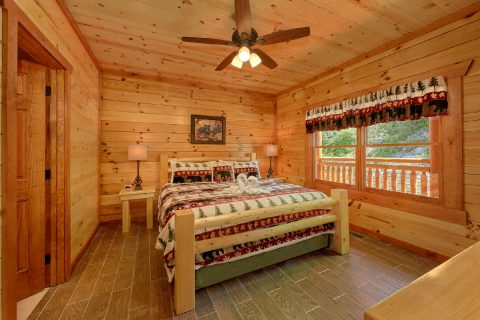 8 Bedroom Cabin with 2 Master Suites - Marco Polo