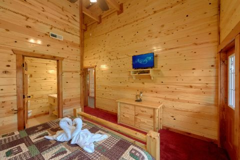 Pigeon Forge Cabin with 8 Spacious Bedrooms - Marco Polo