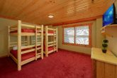 8 Bedroom Cabin with a Bunk Bed Room