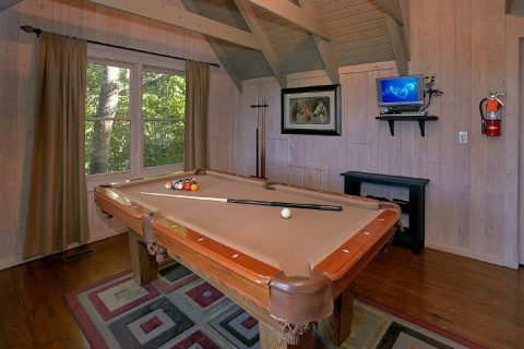 Rusti Cabin with a loft that features Pool Table - Melody Hill