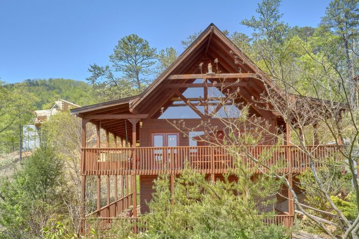 Premium 3 bedroom cabin with Views from deck - Memory Maker
