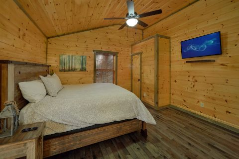 4 Bedroom Cabin with TV in All Rooms - Mirror Pond