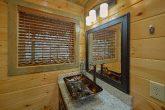 Large Spaces 4 Bedroom Cabin Sleeps 13