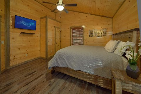 4 Bedroom 4 Bath Cabin Sleeps 13 - Mirror Pond