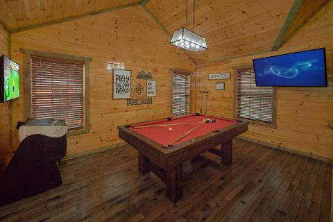 4 Bedroom Cabin with Pool Table and Game Room - Mirror Pond