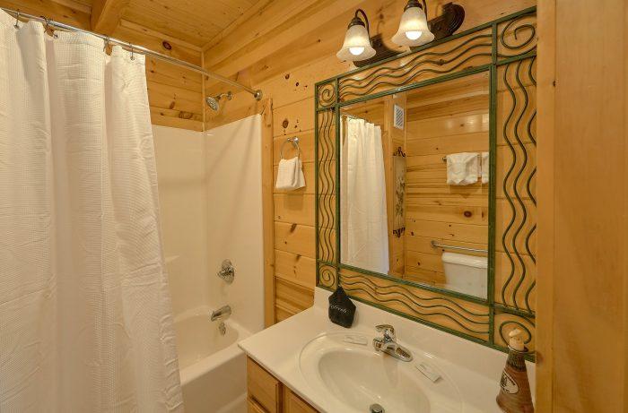2 Person Jacuzzi Tub Gatlinburg 4 Bedroom - Mistletoe Lodge