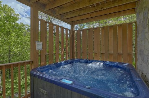 4 Bedroom with Private Hot Tub - Mistletoe Lodge