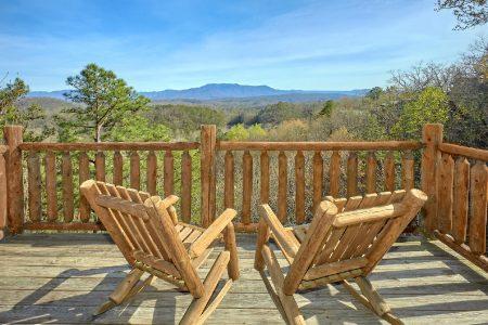 Antler Ridge: 2 Bedroom Sevierville Cabin Rental
