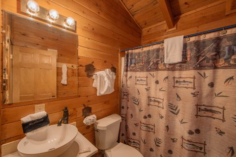 One Bedroom Cabin overlooking a Pond - Moose Lake Lodge