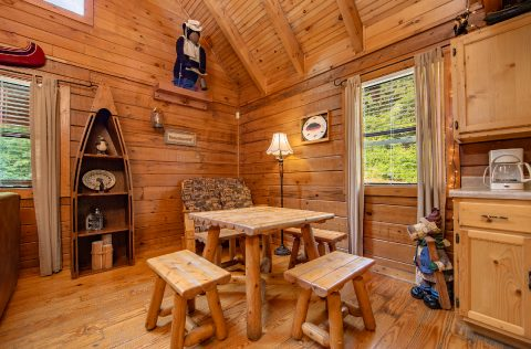 Smoky Mountain Cabin with Furnished Living Room - Moose Lake Lodge