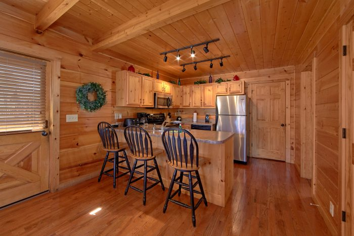 3 bedroom Cabin Sleeps 9 Fully Equipped Kitchen - Morning Mist