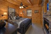 3 Bedroom Cabin Sleeps 9 with Cozy Bedrooms