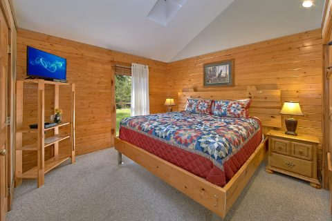 4 Bedroom Cabin with 2 King Beds on Main Level - Mountain Destiny