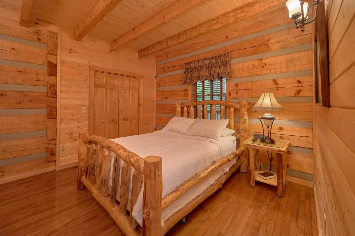 Secluded Cabin with a Private Queen Bedroom - Mountain Glory