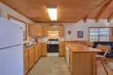 1 Bedroom 2 Bath Cabin Sleeps 6 Full Kitchen