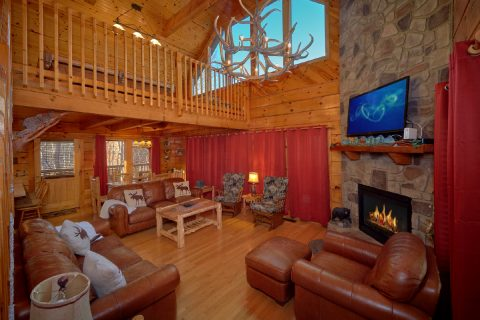 5 Bedroom Cabin with Stone Fireplace and Rockers - Mountain Time