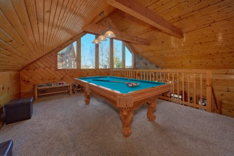5 Bedroom cabin with Pool Table in Loft - Mountain Time