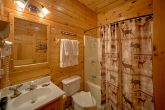 Pigeon Forge Luxury Cabin with 4 bathrooms