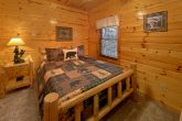 Rustic Log Queen bed in 5 bedroom cabin