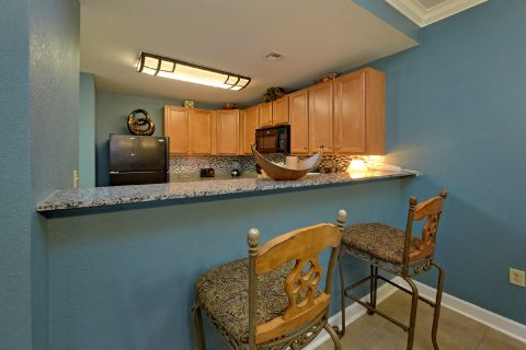 Pigeon Forge Condo with Dining Room and Kitchen - Mountain View 2607