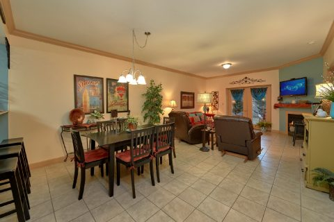 Condo in Pigeon Forge with Fireplace and View - Mountain View 5102