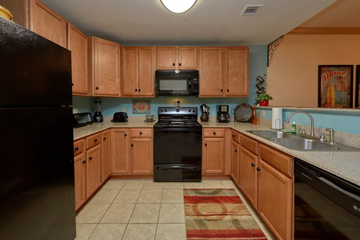 Pigeon Forge Condo with Fully Equipped Kitchen - Mountain View 5102