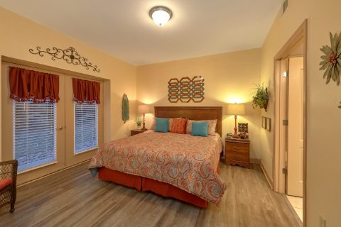 2 Bedroom Condo in Pigeon Forge - Mountain View 5102