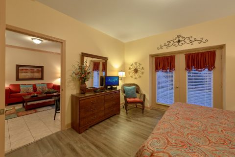 2 Bedroom Condo with a King Bed - Mountain View 5102
